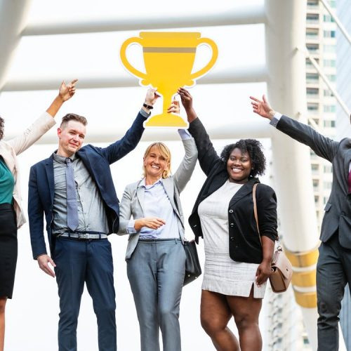 Embauche pour la diversité : 6 raisons pour lesquelles les baby-boomers sont parfaits pour les affaires.